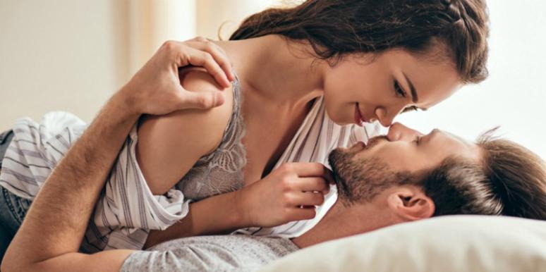 Erotic Dad & Daughter Sex in Bed